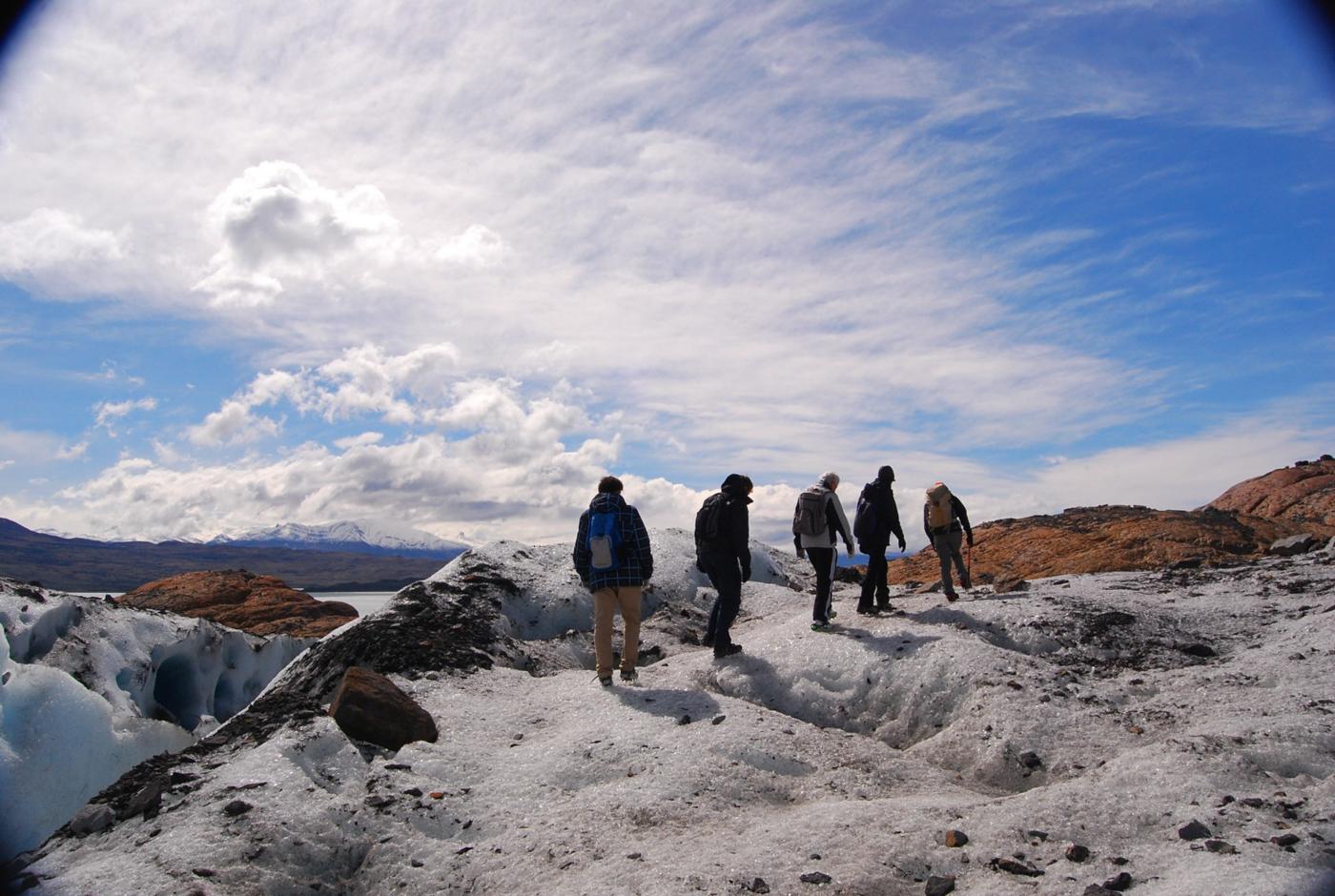 arg17-icetrekkingglacier-free-mn