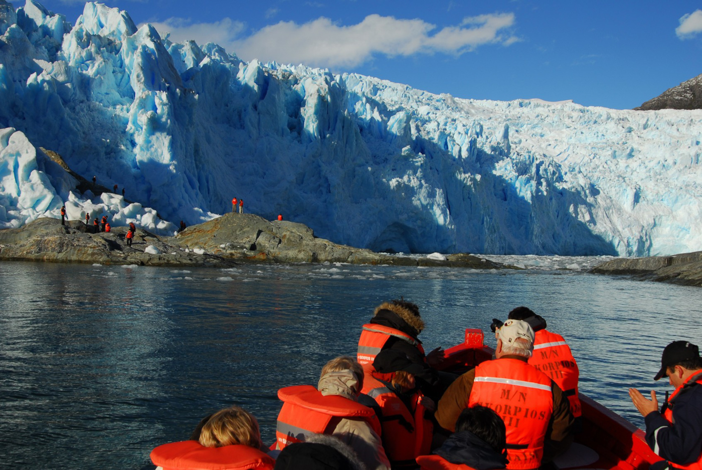 chi13-cruise-the-length-of-patagonia-free-skorpios