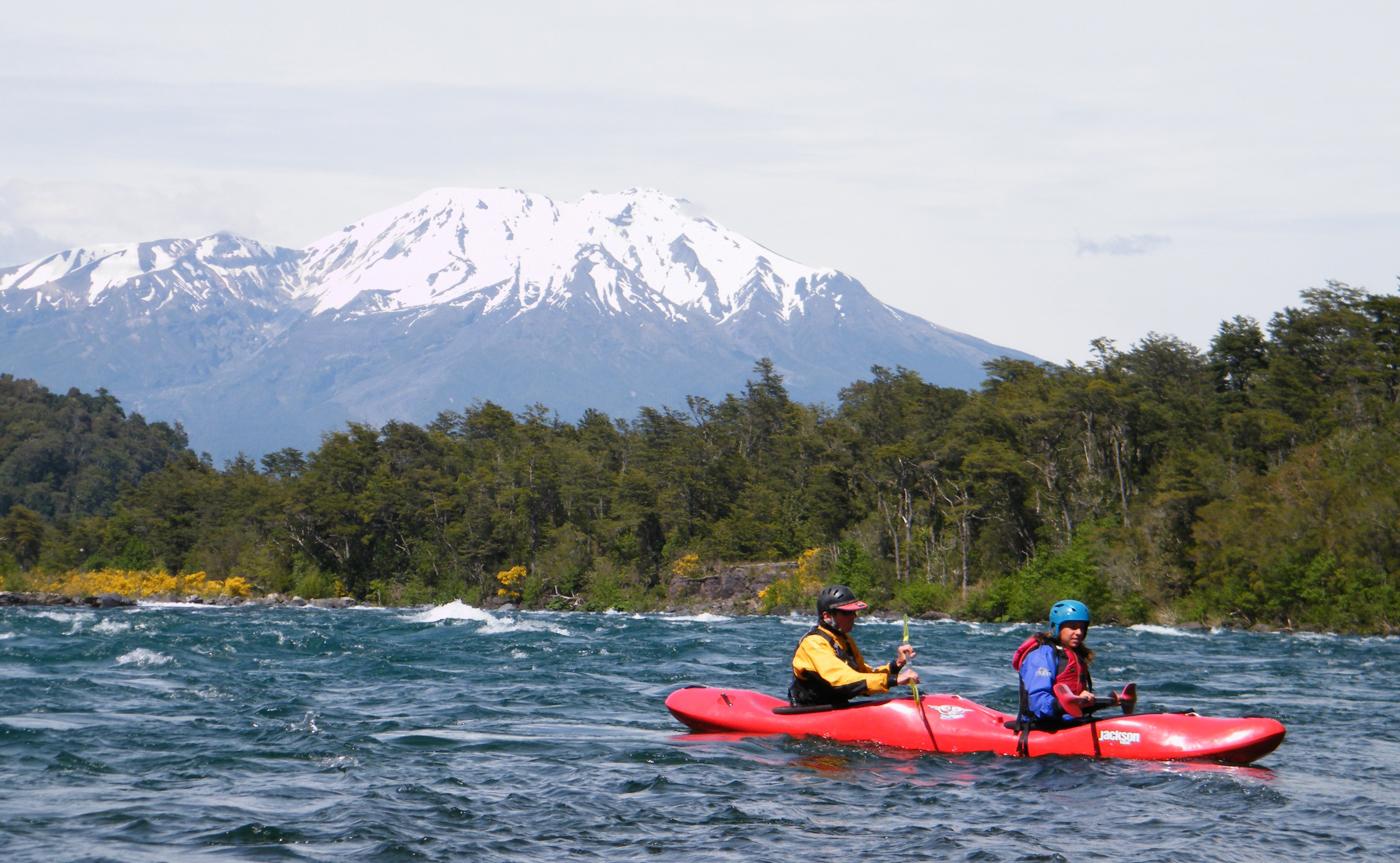 chi34-go-kayaking-free-protours-crop