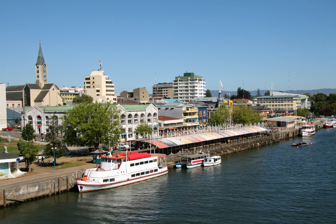 Chile_ChileanLakeDistrict_Valdivia_iStock-4
