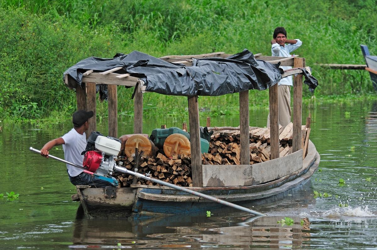 COL_amazonboat_EcoDestinos