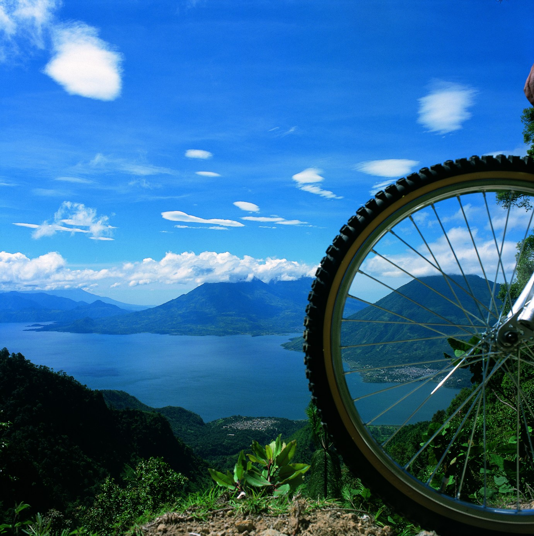 gua05-mountain-bike-around-lake-atitlan-free