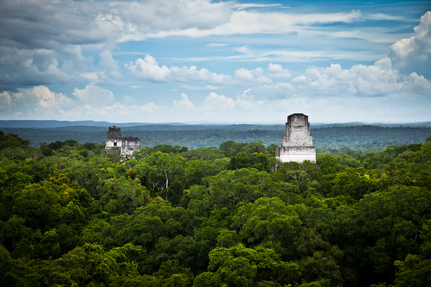 GUA11_Tikal_shutterstock_92508058_freewithcredit
