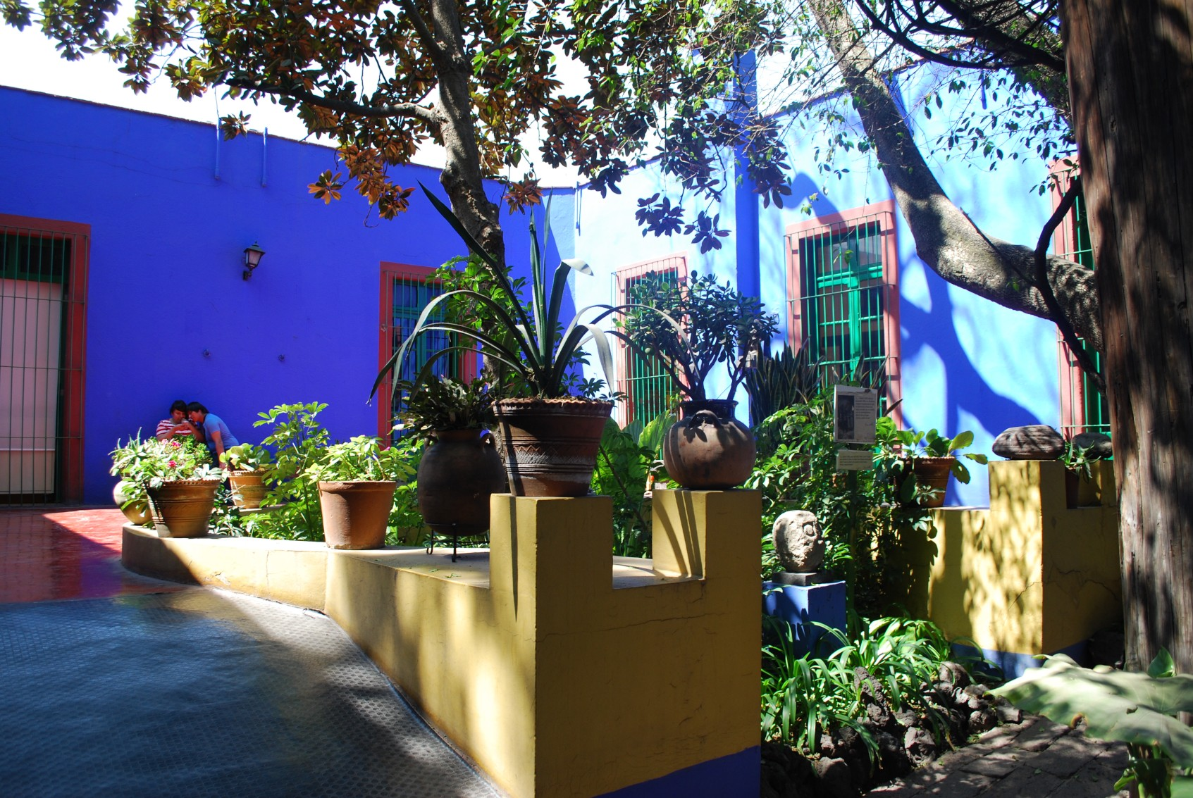 mex07-coyoacan-frida-kahlo-museum-free-cj