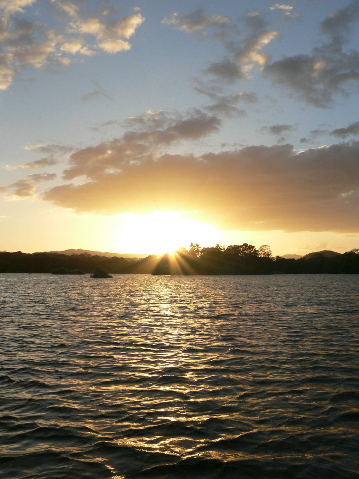 nic06-sunset-boat-ride-on-lake-nicaragua-free-ra