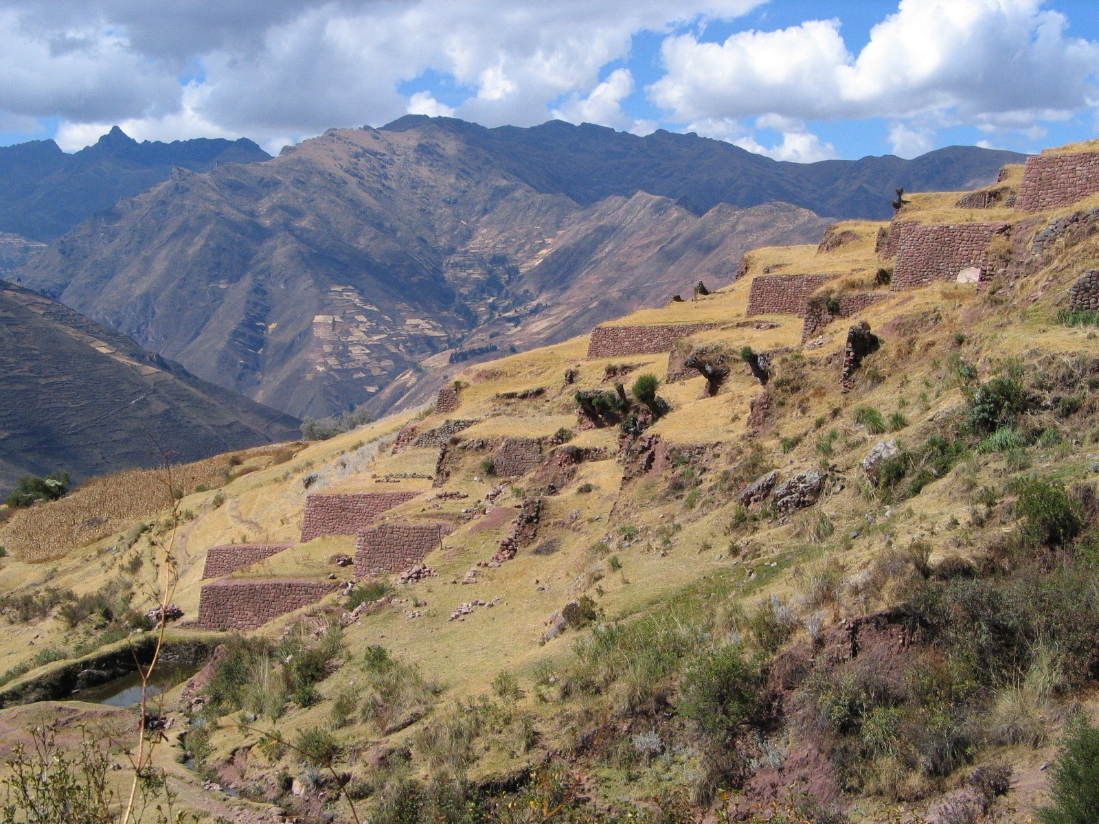 per21-trek-to-little-cusco-im-free